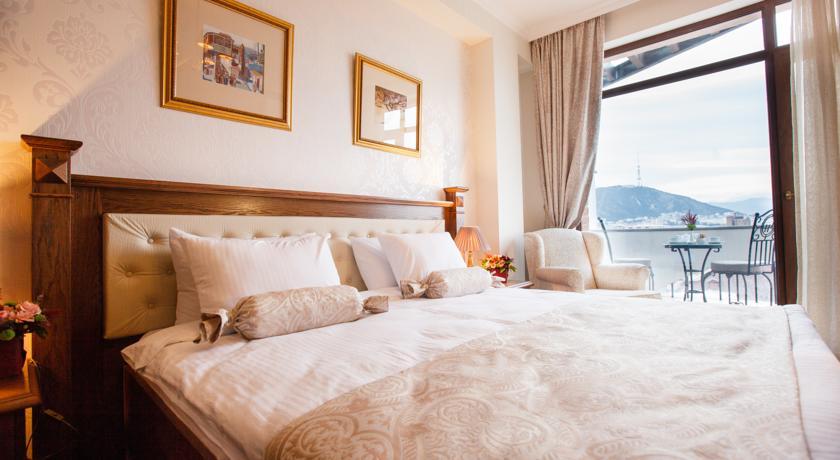 فنادق تبليسي