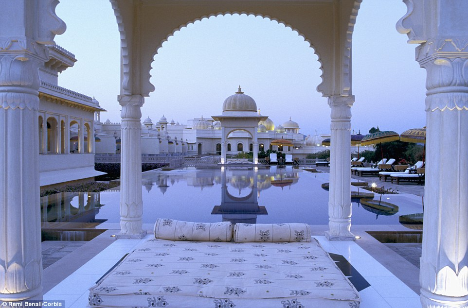 2A61662500000578-3155138-The_Oberoi_Udaivilas_Udaipur_was_given_a_near_perfect_score_of_9-a-61_14364610936081