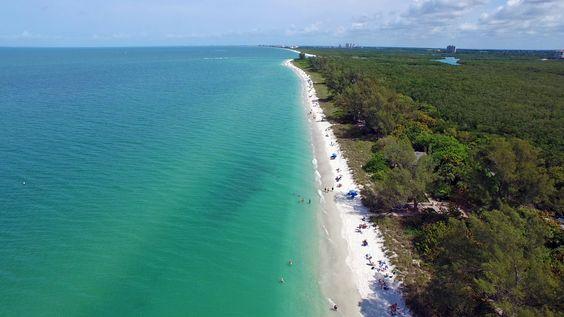 Barefoot Beach Preserve, Florida